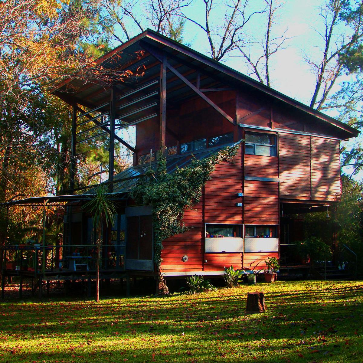 Santos House