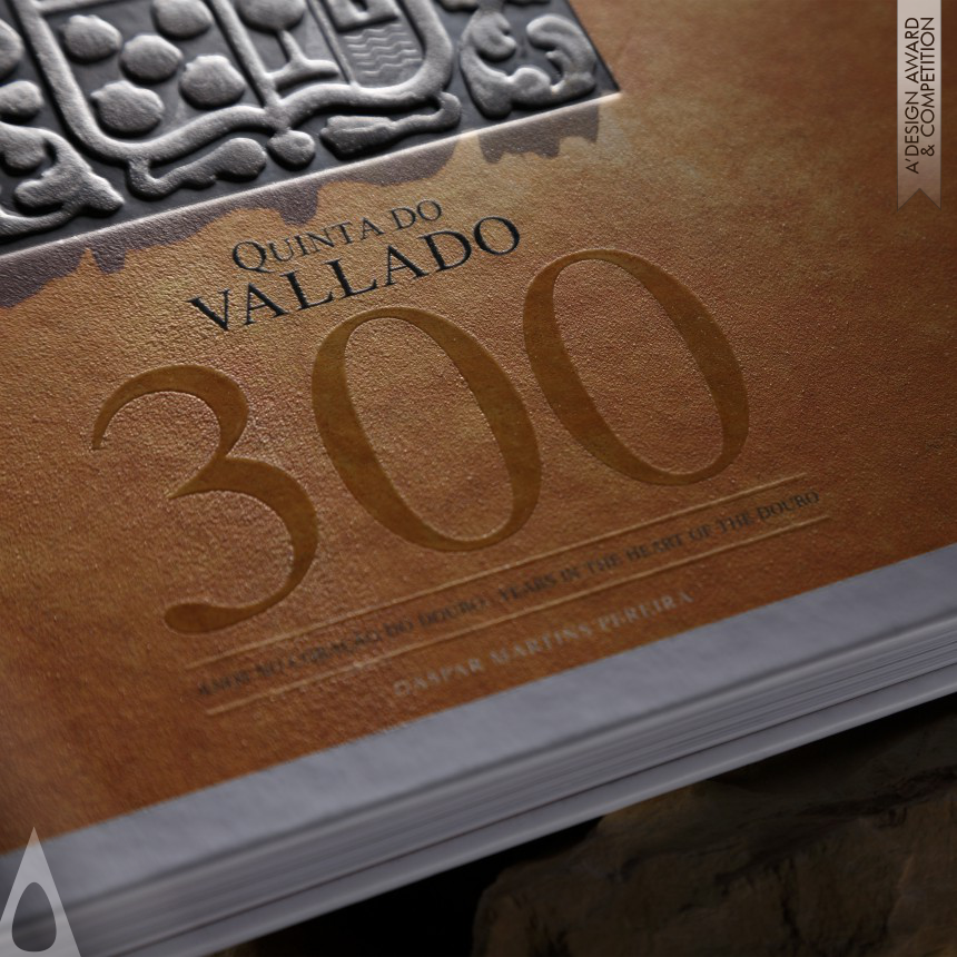 300 Years in the heart of the Douro Book