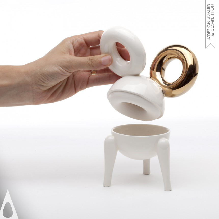 Studio Kahn Design-Art Ceramic Objects