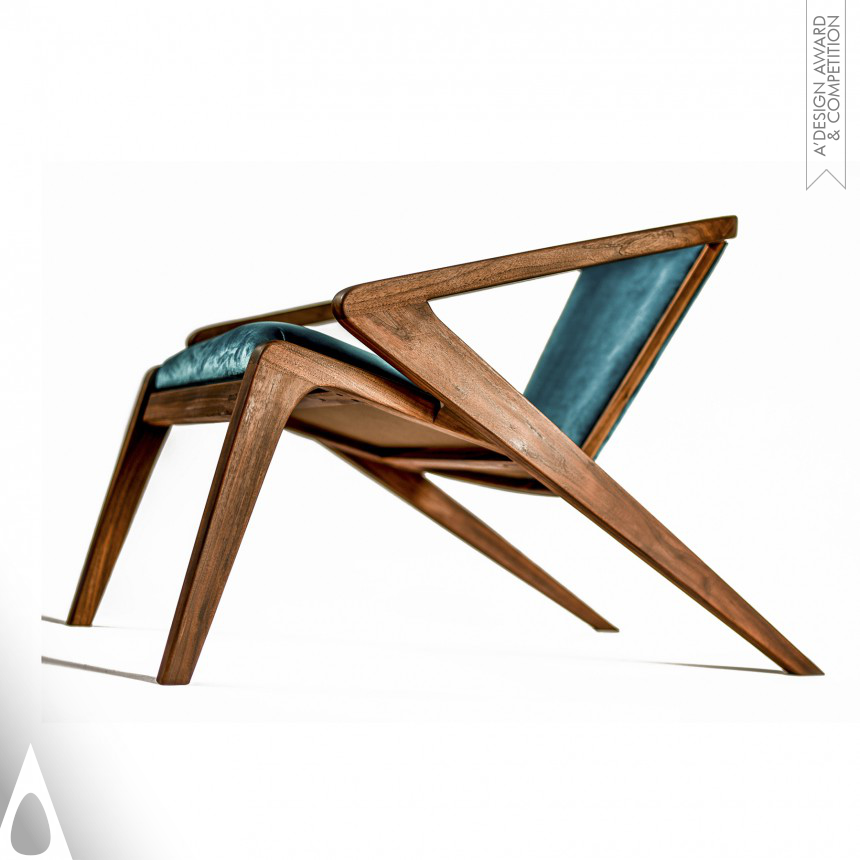 Alexandre Caldas Lounge Chair