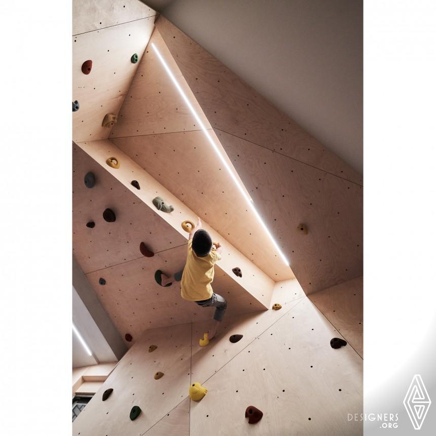 Hide & Climb Recidence Image