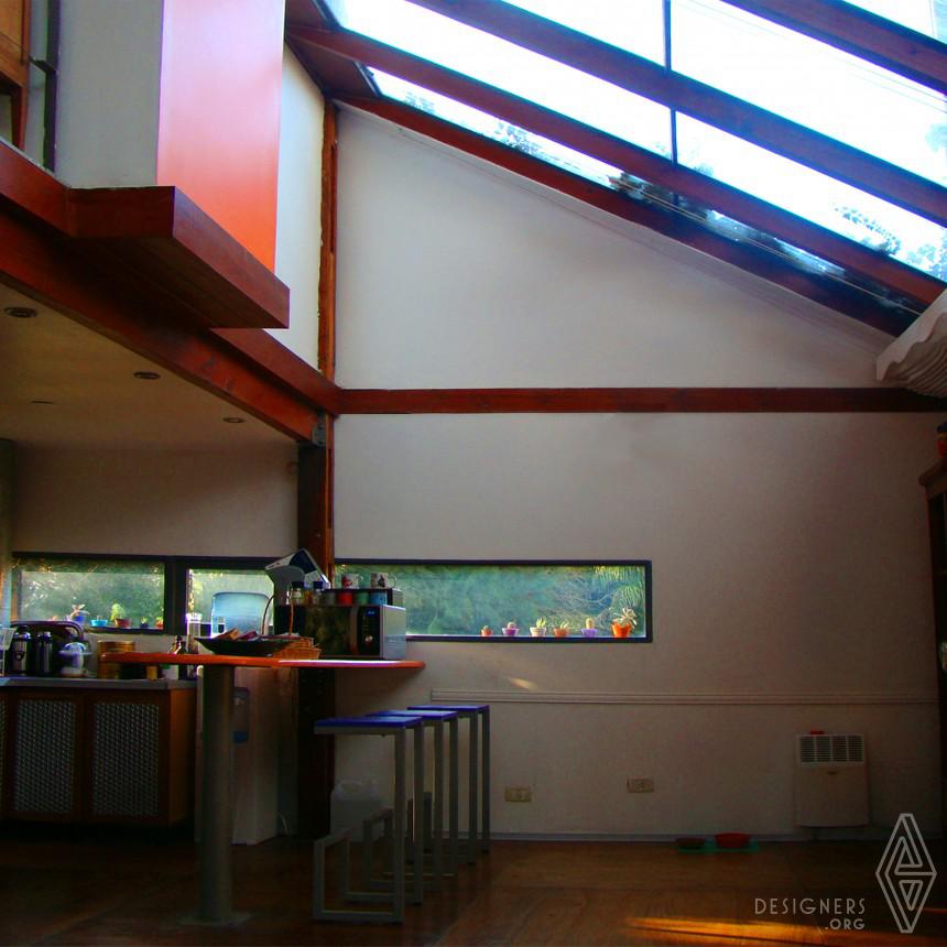 Santos House Image
