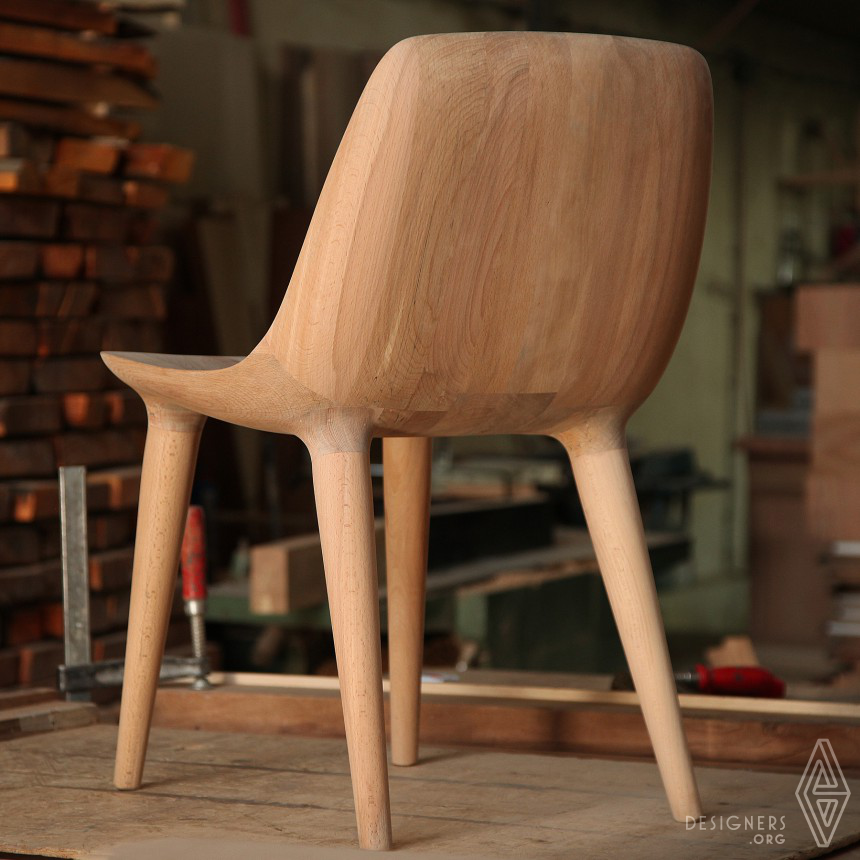 DARYA Chair Image