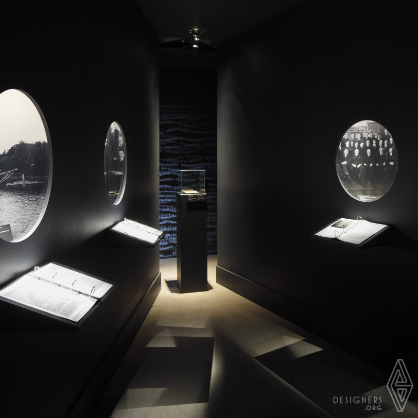 10 Stories about Man and Power Exhibition design