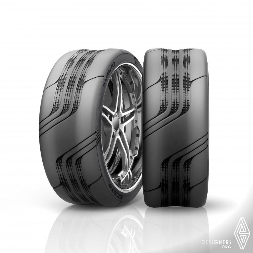 Max-treme Tire