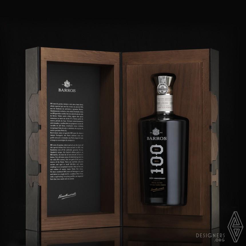 Porto Barros 100YO Packaging Image