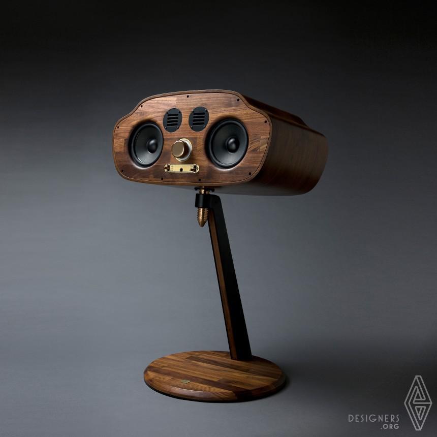Golden Bug Design Speaker