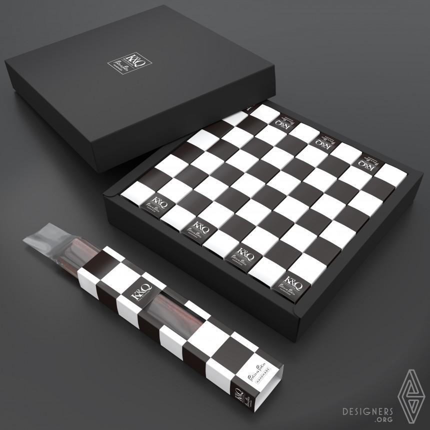 K & Q Chess stick cake packaging