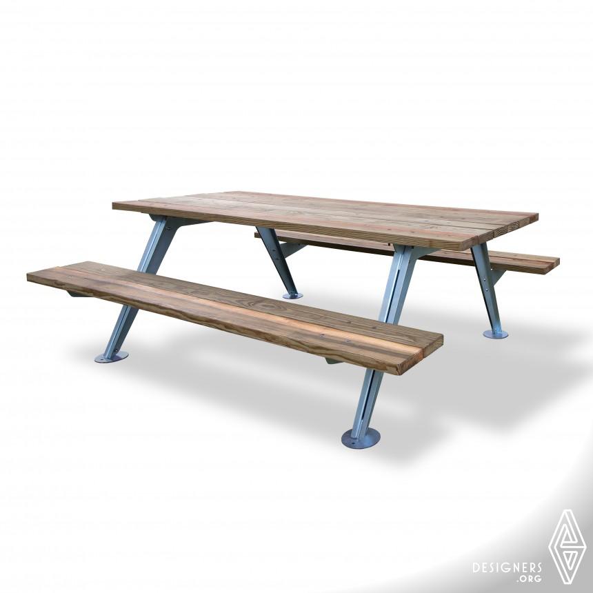 Dos Picnic Table