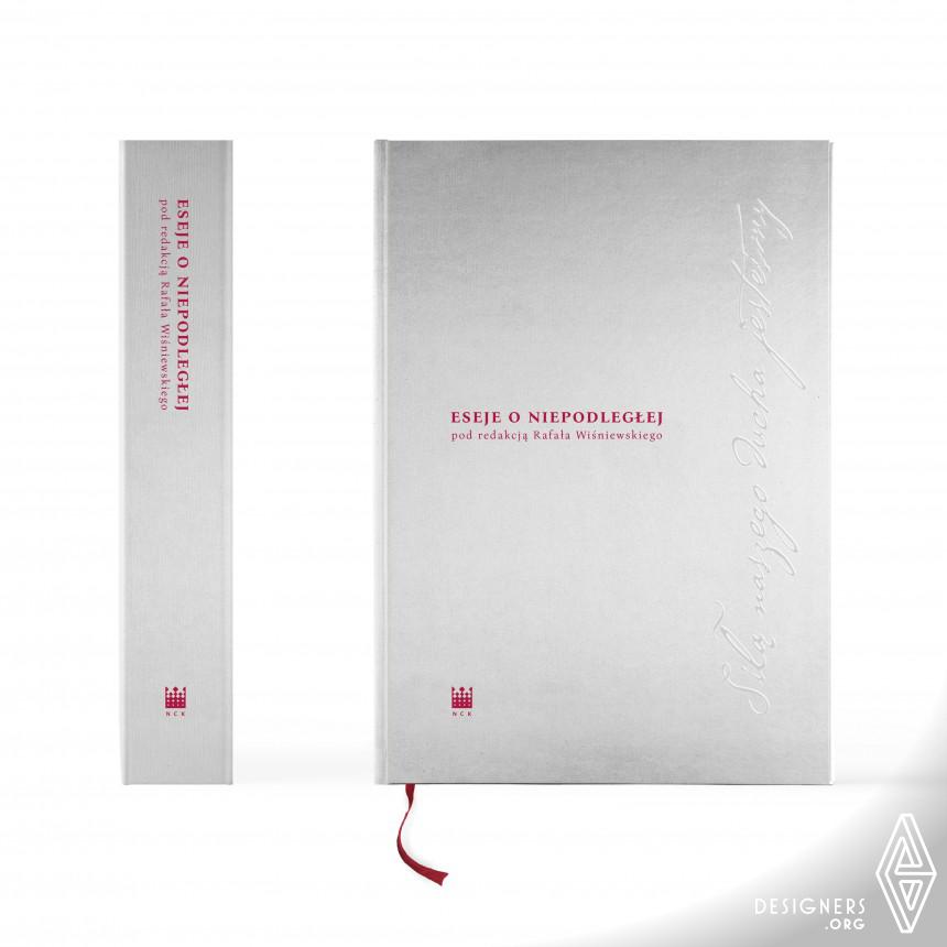 Eseje o Niepodleglej Anniversary Book