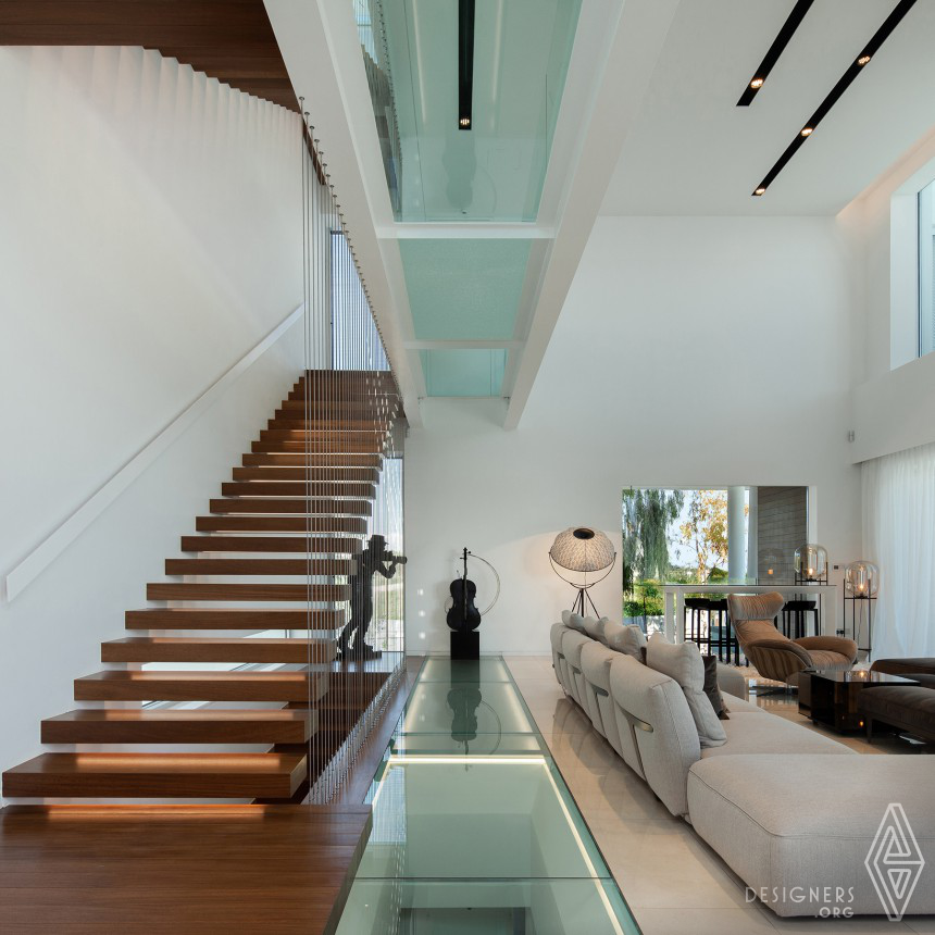 The Linear House Image