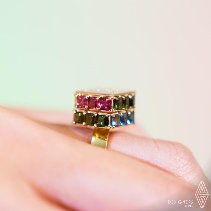 Gabo Ring Image