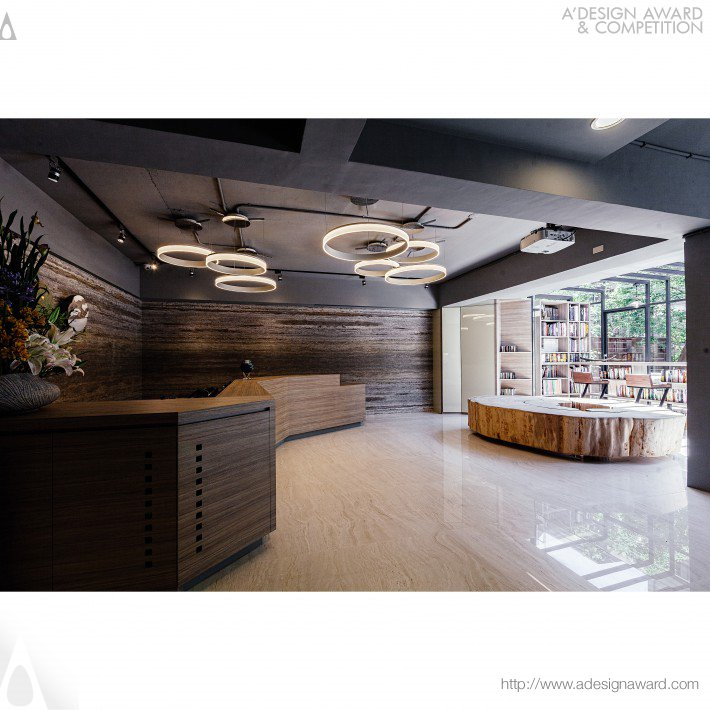 Natural Healing Workshop Office by Pei-Ying Lee