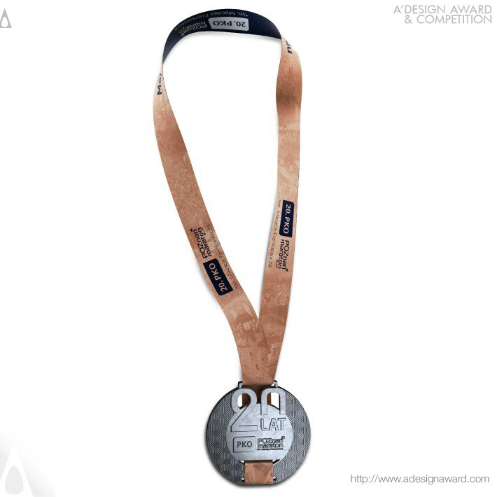 poznan-marathon-medal-by-artmask-group-2