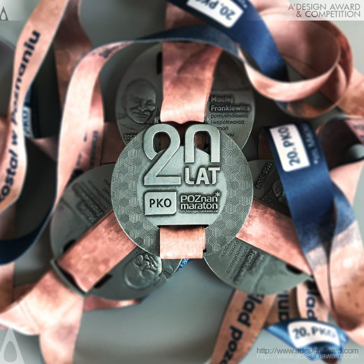 poznan-marathon-medal-by-artmask-group-3