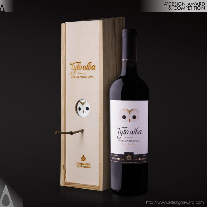 Tyto Alba Wine Packaging by Rita Rivotti Wine Branding & Design