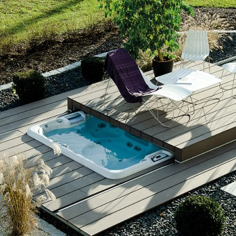 Pool lounge cover for hot tubs swim spas and pools for Pool design gmbh