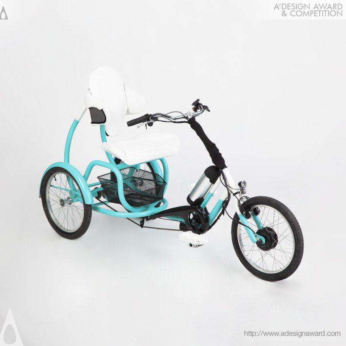 Cero Electric Tricycle by Tamás Túri
