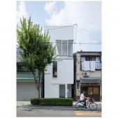 House in Tamatsu