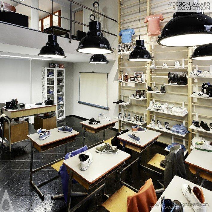 Shoe Class (Sneaker Store Design)