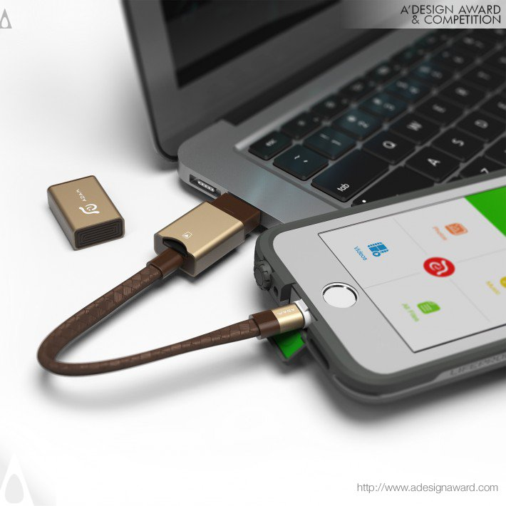 Hung-Yi Asher Lin - Iklips Wizard Lightning to Usb-a Microsd Card Reader