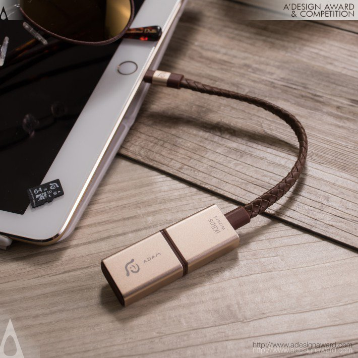 Iklips Wizard Lightning to Usb-a Microsd Card Reader by Hung-Yi Asher Lin