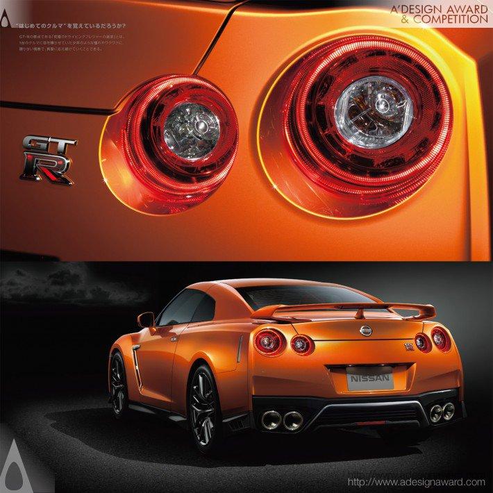 Nissan Gt-R (Brochure Design)