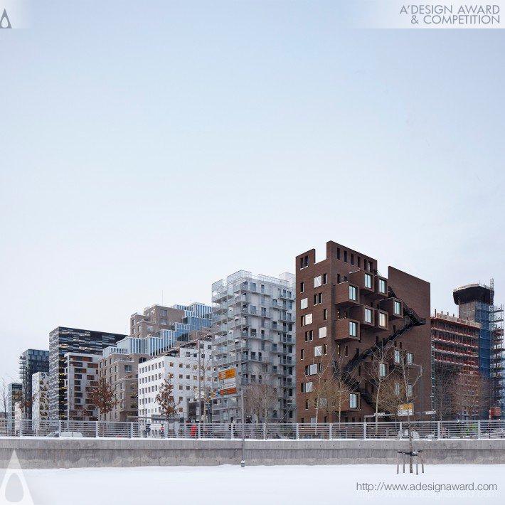 Deg 42 (Office Building Design)
