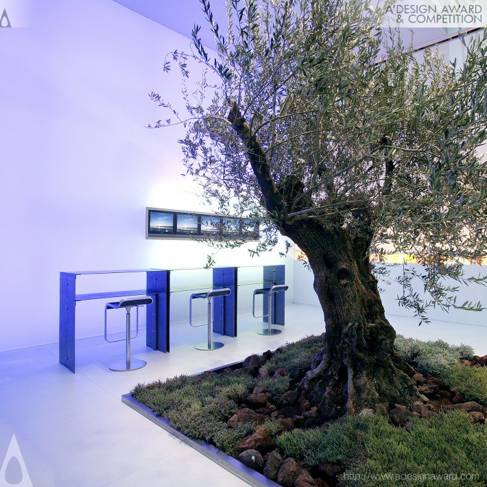 olive-tree-by-nico-ueberholz-4
