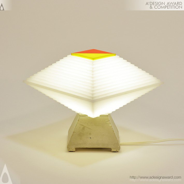 Little Zig Table Lamp by Eve Fineman & Henri Preiss