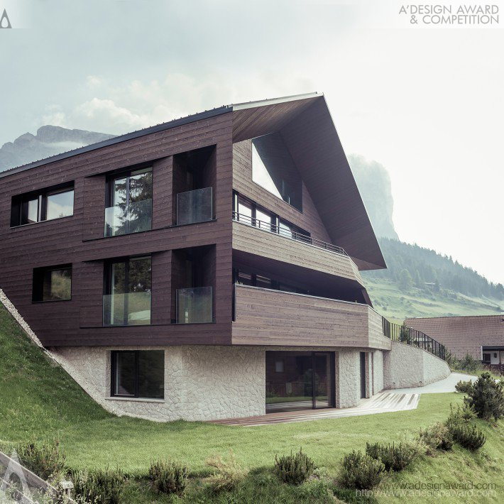 Black Eagle (Residential House Design)