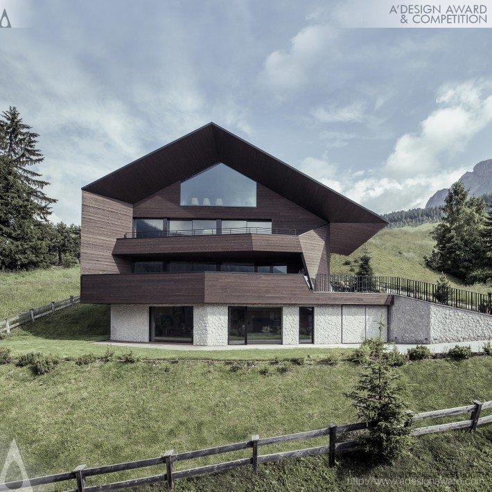 black-eagle-by-perathoner-architects