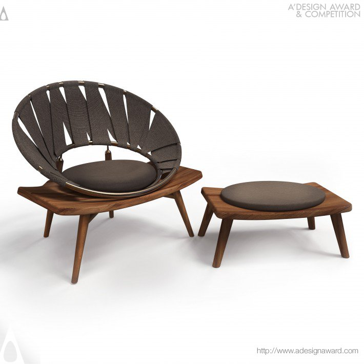 Ring Chair Novelty and Comfortable by Wei Jingye