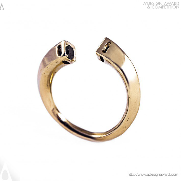 Nostalgia (Ring Design)