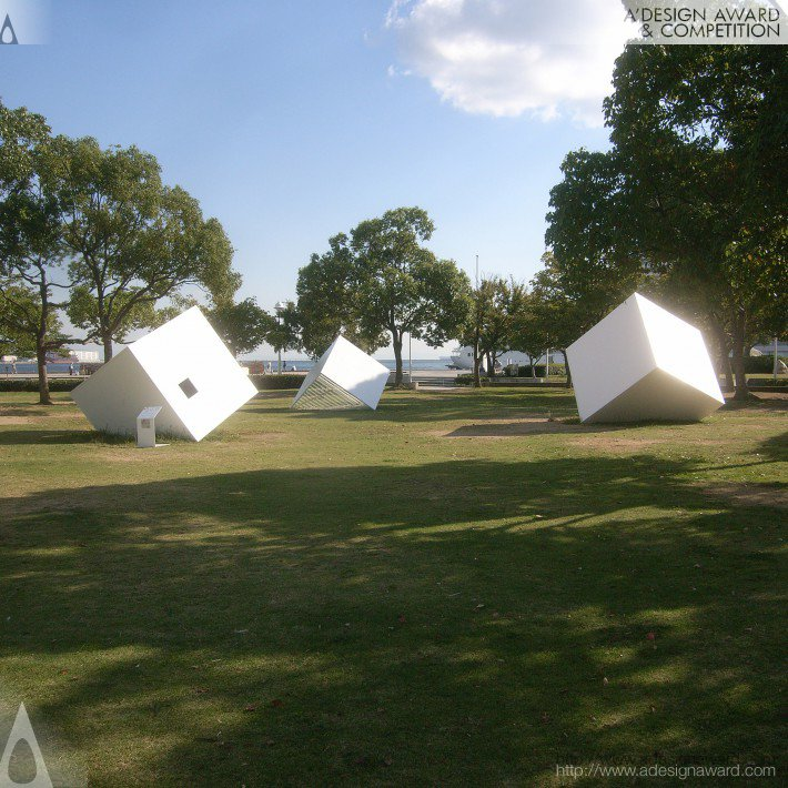 three-cubes-in-the-forest-by-kotoaki-asano-1