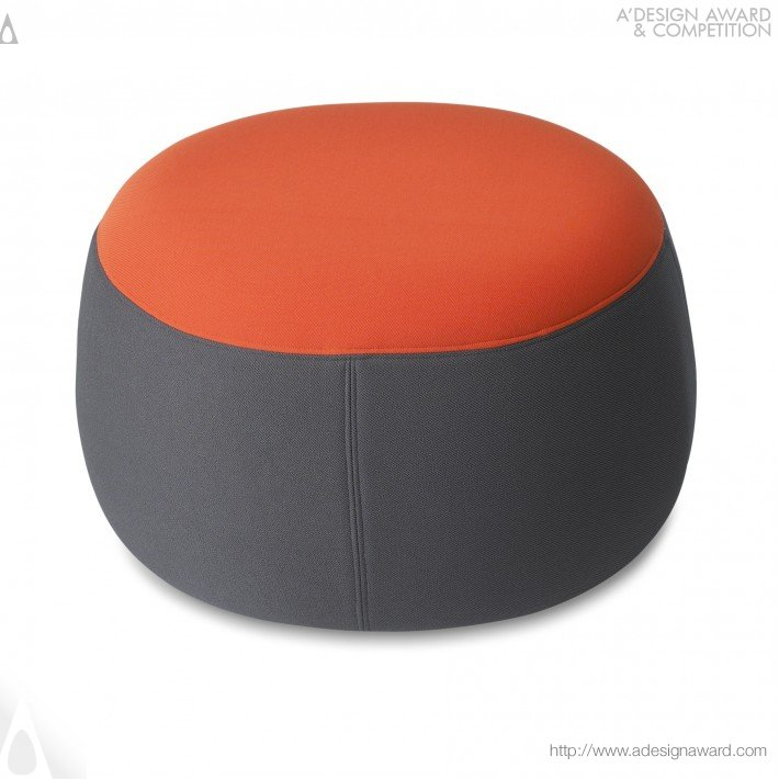 Omo Modern (Chair and Ottoman Design)