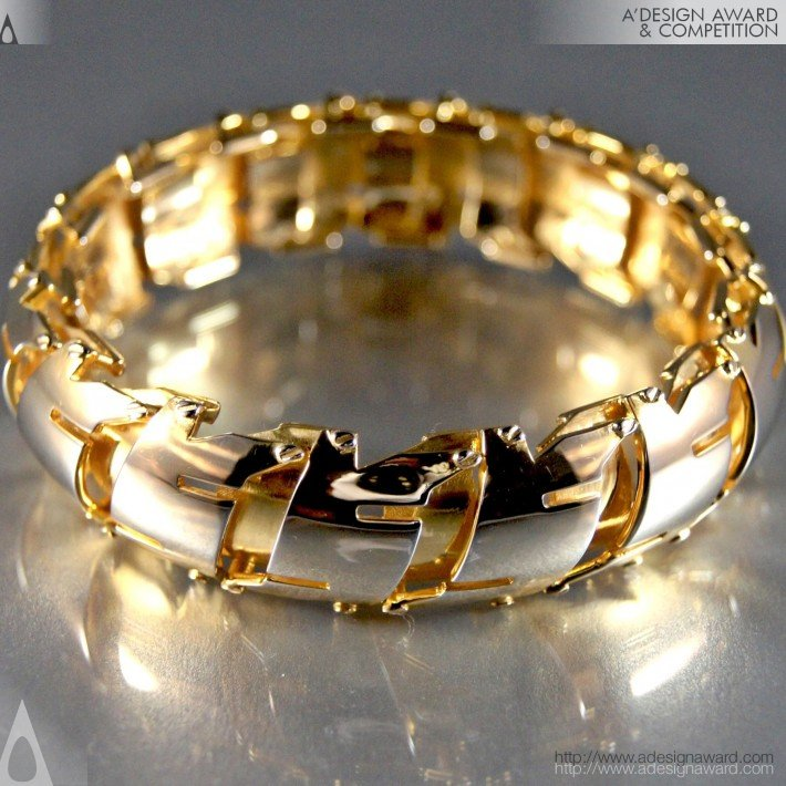 Bond (Bangle Design)