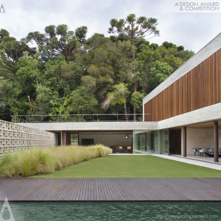 Pa House House by Guilherme Torres