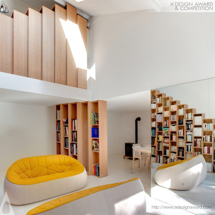 Andrea Mosca - The Bookshelf House Interior Renovation of a Private House