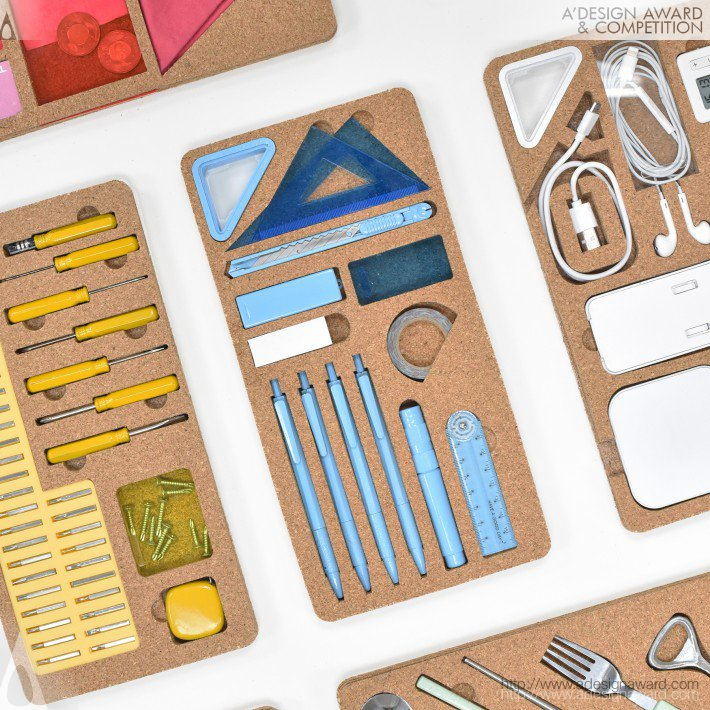 Stationery and Tool Set by Pei-Hung Lin