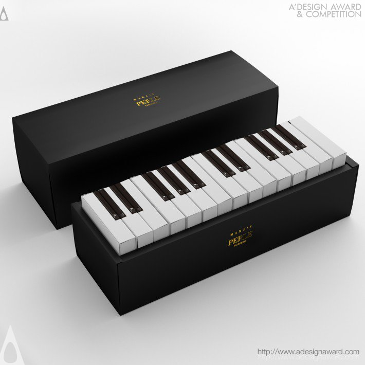 Marais (Piano Cake Packaging Design)