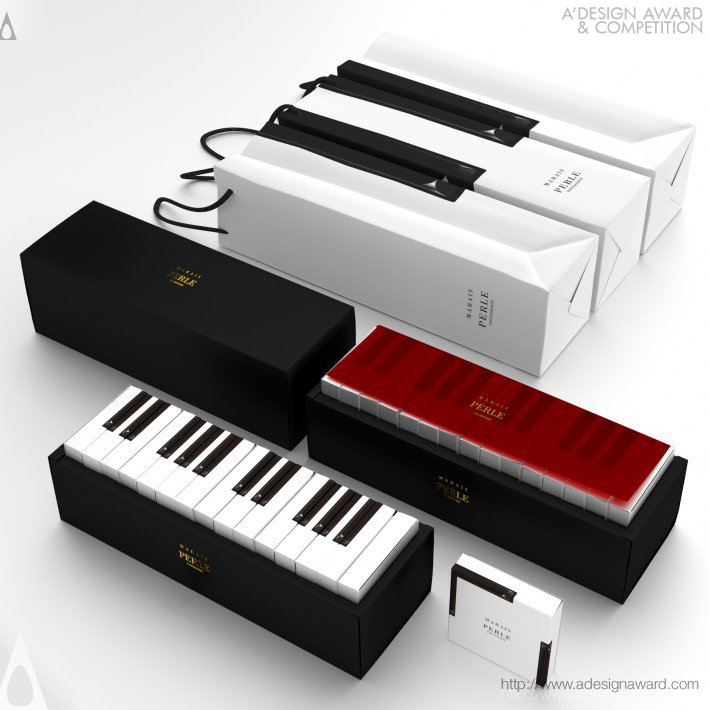 Kazuaki Kawahara Piano Cake Packaging