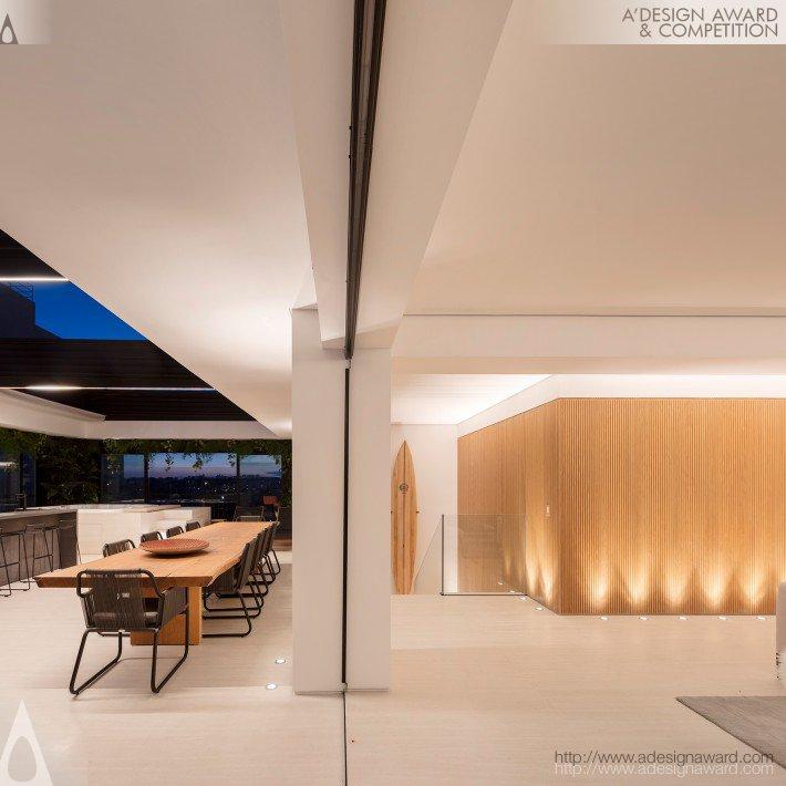 Tavarua (Residencial Penthouse Design)