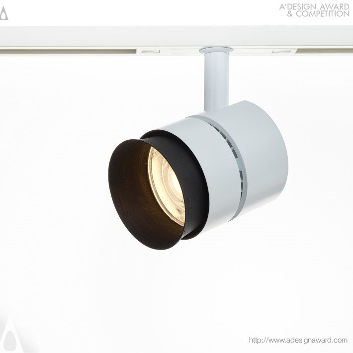 Stratas.nv 80 Low Voltage Led Track Light With Xicato by Christian Schneider-Moll