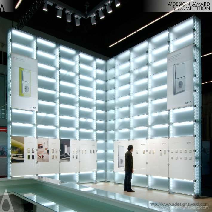 gira-2008--light-glass-wall-by-nico-ueberholz-1