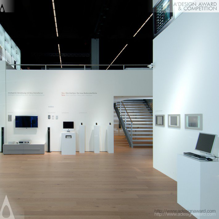 Gira 2008-Light Glass Wall (Booth Design)