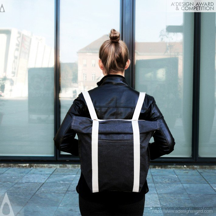 Nomadka (Multifunctional Bag Design)