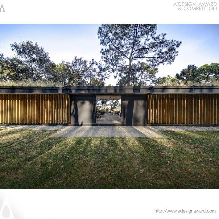 Irekua Anatani (Residential House Design)