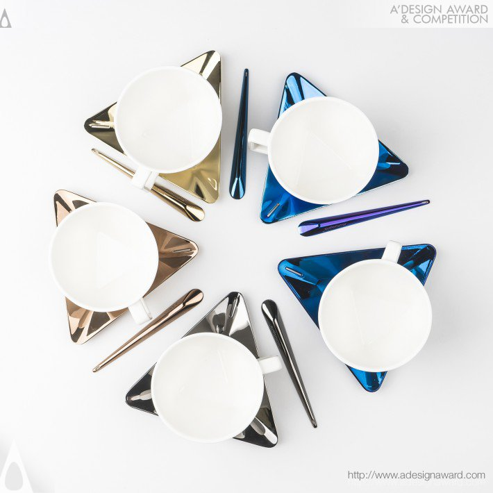 Breaktime Tableware Set by Zhanling Feng