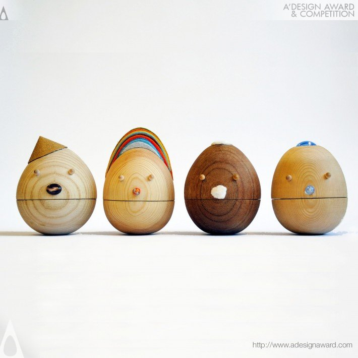 "Tumbler"" Contentment "" (Roly Poly, Movable Wooden Toys Design)"